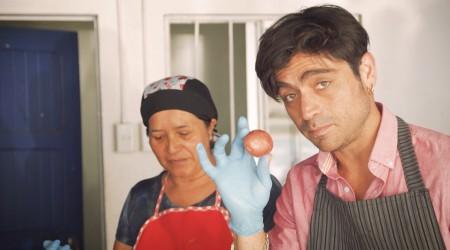 Etienne Bobenrieth conoció todos los secretos del curanto en hoyo en Valdivia