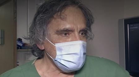 """Intensivista de Hospital UC: """"Nadie, ni usted ni yo, tenemos un ventilador asegurado en este momento"""""""
