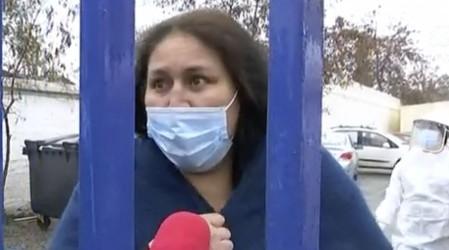 """Pacientes denuncian filtración de agua en centro de Diálisis de El Bosque: """"Esto no es digno"""""""