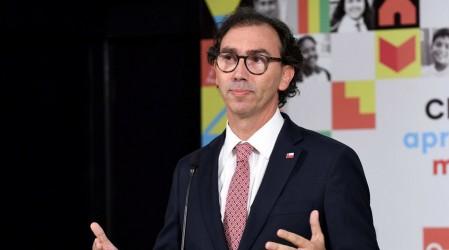 """Ministro Figueroa por PSU 2020: """"Tendrá menos contenidos"""""""