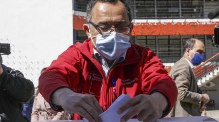 Solo con el carnet: Así podrán votar los habitantes de comunas en Cuarentena o Transición