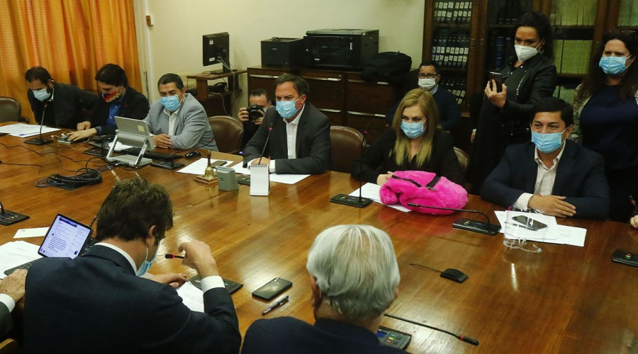 Estos son los parlamentarios que apoyan el segundo retiro de fondos AFP