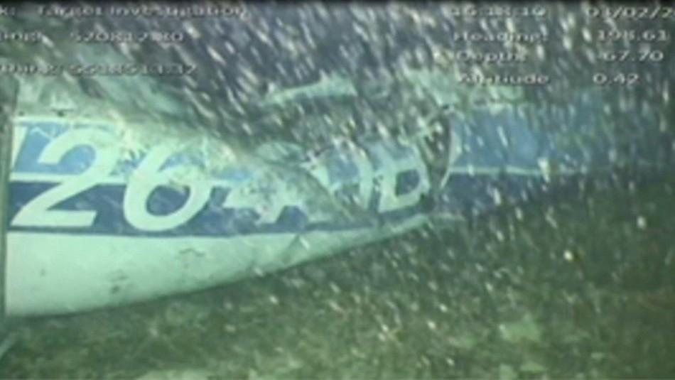 El avión en el fondo del mar / Reuters.