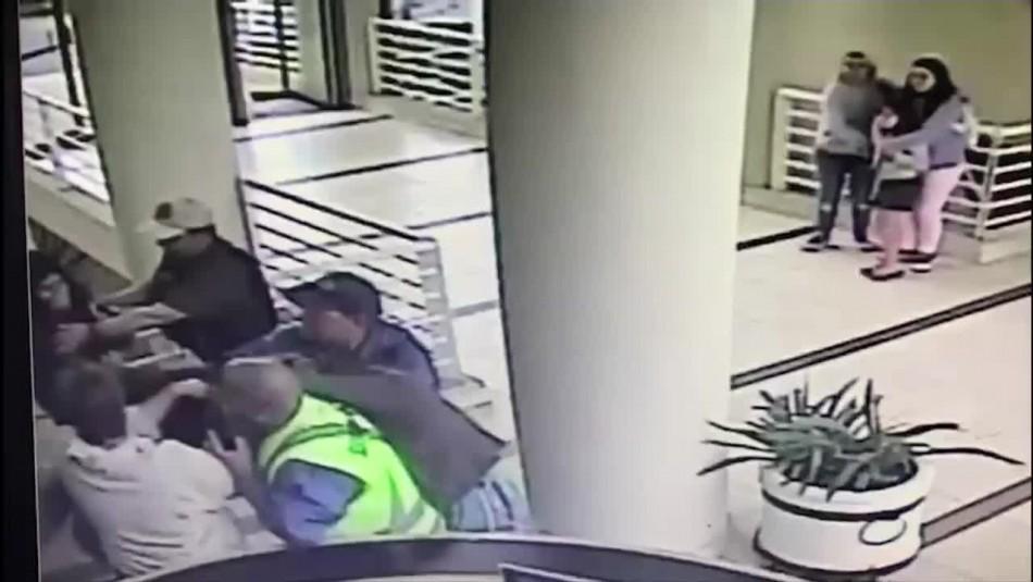 [VIDEO] Captan violenta pelea en condominio San Alfonso del Mar de Algarrobo
