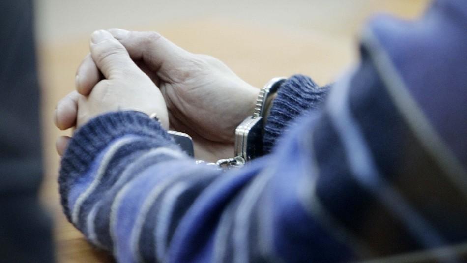 En prisión preventiva quedó hombre que abusaba de la hija de su pareja y grababa los encuentros