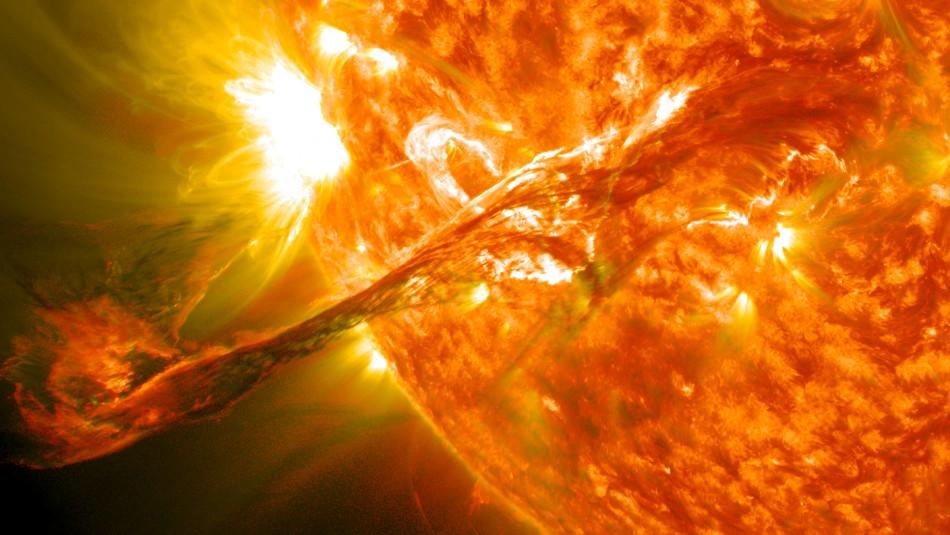 Alertan de choque de tormenta geomagnética solar con la Tierra