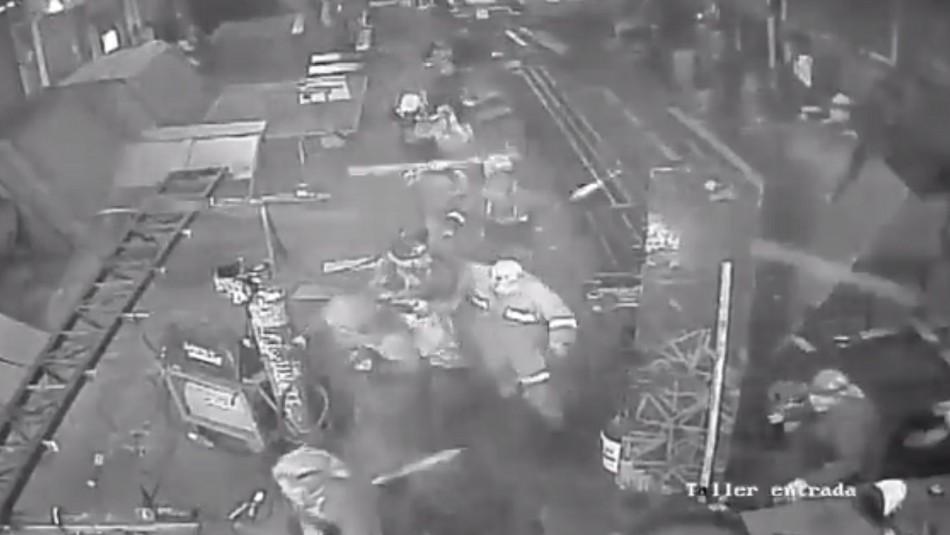 [VIDEOS] Registran momento exacto en el que tromba marina devasta taller en Talcahuano