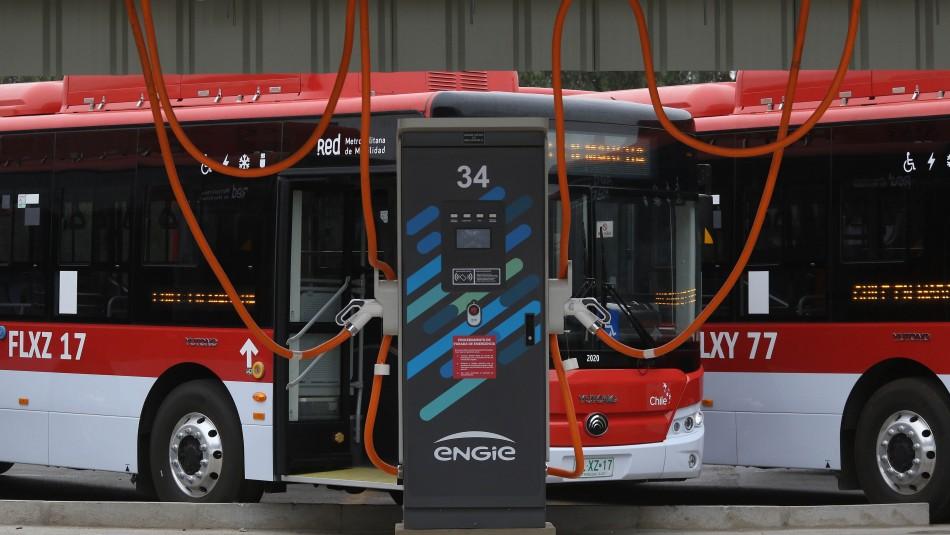 Más de 200 buses eléctricos nuevos llegarán a Santiago: 183 operarán por avenida Grecia
