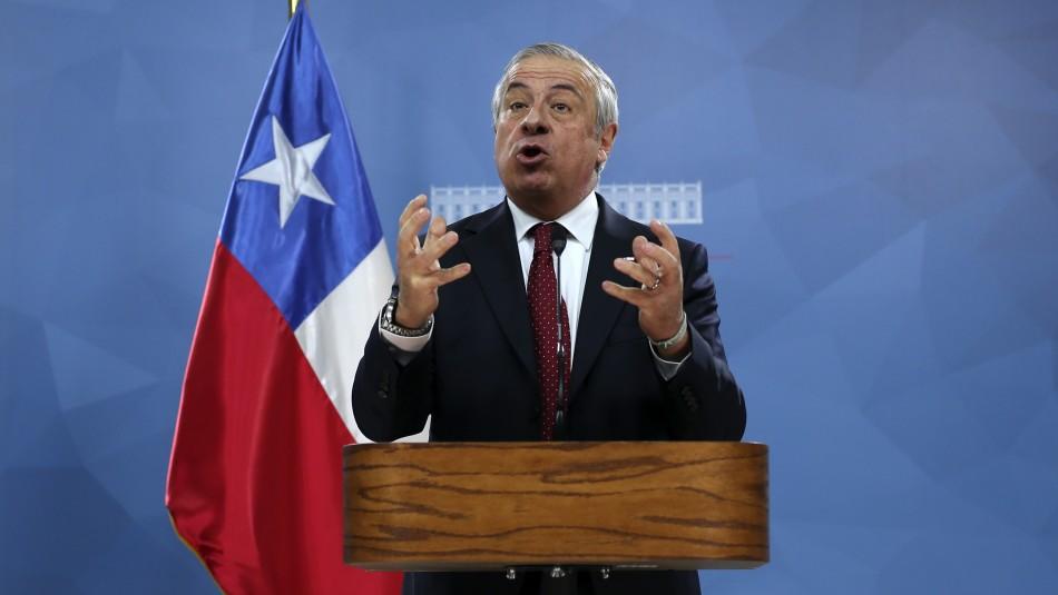 Ministro Mañalich y críticas de oposición por su nombramiento: