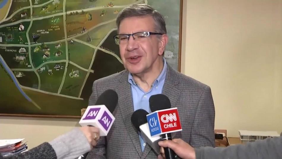 Joaquín Lavín y anulación de ordenanza que prohibía fumar en parques: