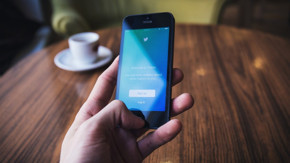 Investigadores aseguran que la depresión se puede detectar por mensajes de Twitter
