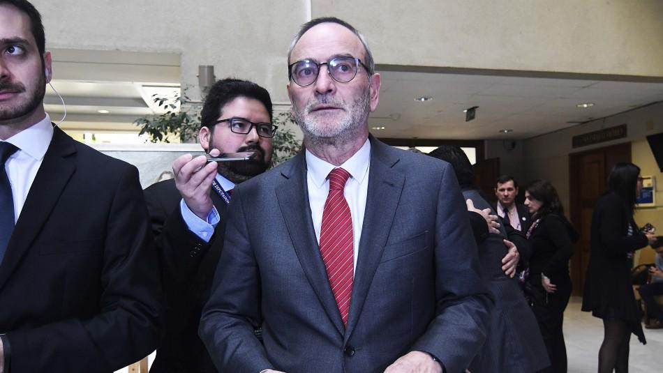 Saffirio contra Abbott por renuncia de fiscal del caso Sename: Frenó