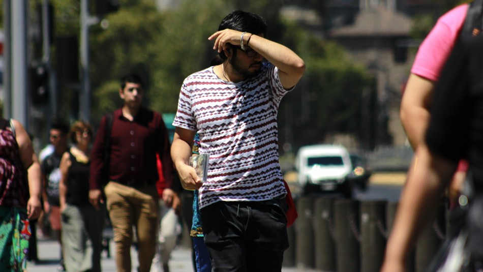 30 grados de temperatura se esperan para este miércoles en la Región Metropolitana