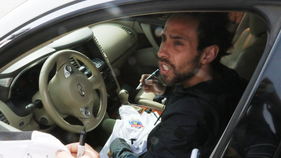Jorge Valdivia habló tras insultos a árbitro.