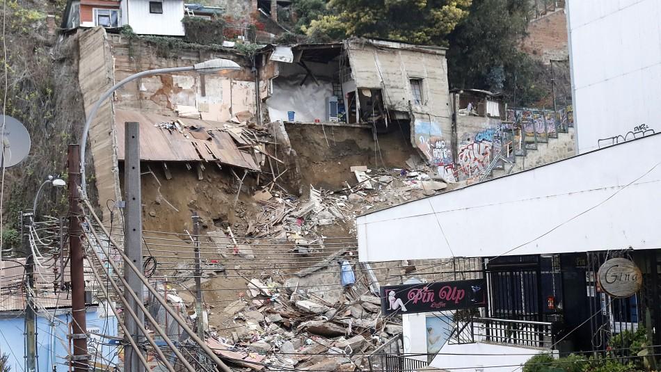 Joven que alcanzó a escapar del derrumbe en Valparaíso: