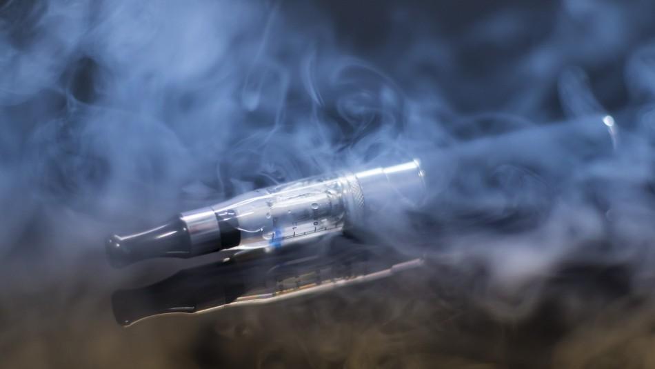 Organización pide que regulen cigarrillos electrónicos por