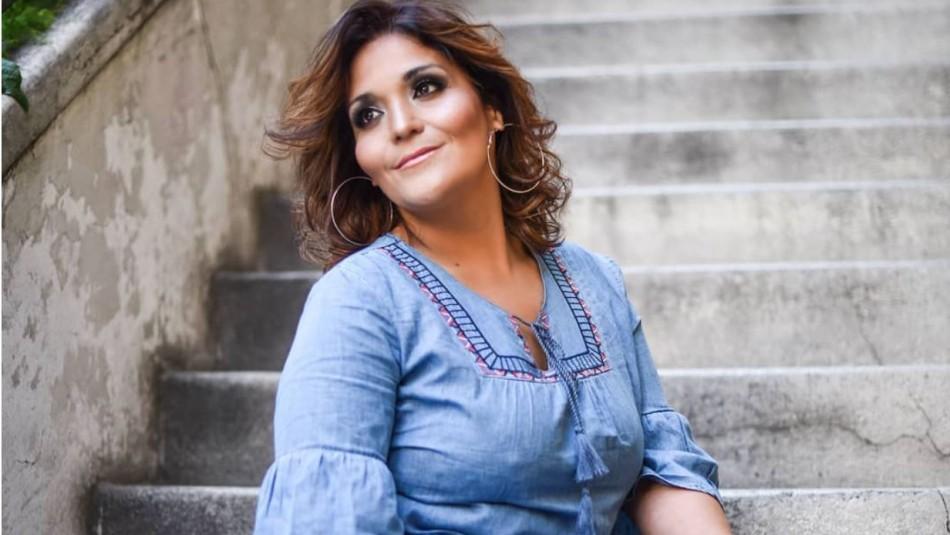 Kathy Orellana debió cortarse el pelo casi completamente debido a tanta decoloración