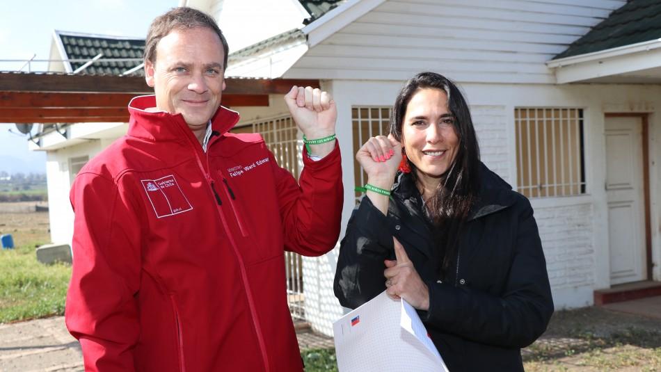 Gobierno entrega terreno a fundación de Mey Santamaría que apoya a madres vulneradas