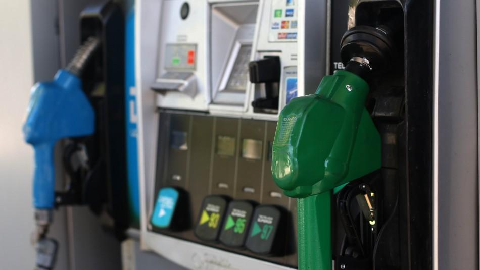 Precios de las bencinas subirán a partir de este jueves