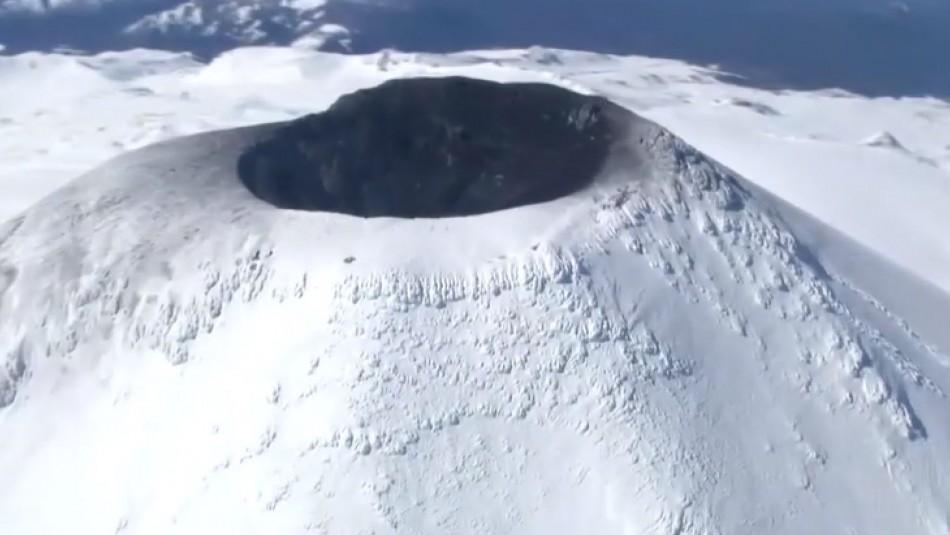 Video de sobrevuelo muestra estado de actividad del volcán Villarrica