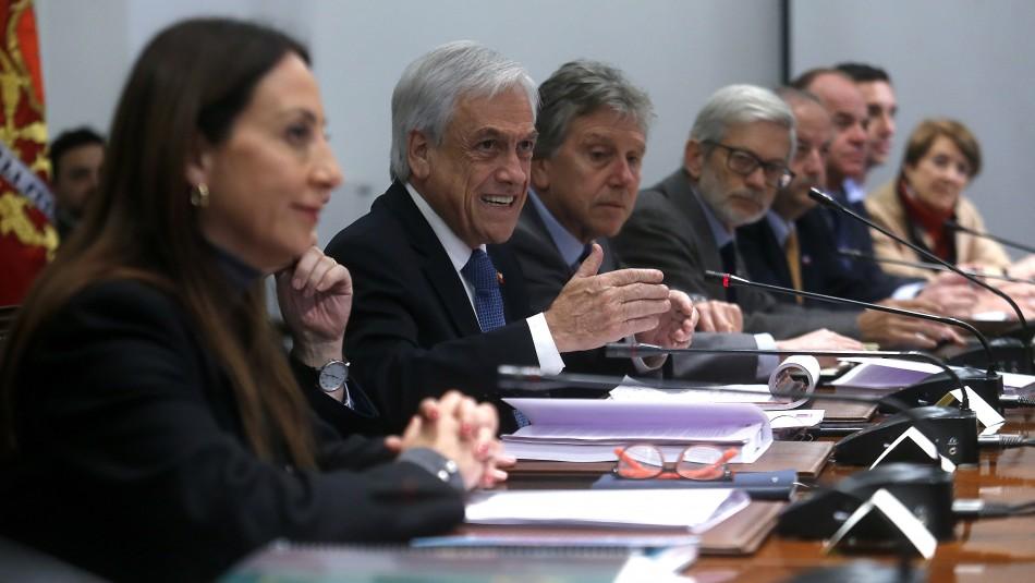 Piñera encabeza Consejo de Gabinete marcado por rechazo de acusación a Cubillos