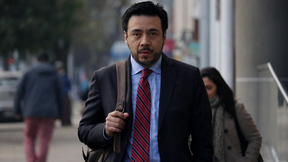 Tribunal de Rancagua rechaza petición de sobreseimiento del fiscal Emiliano Arias