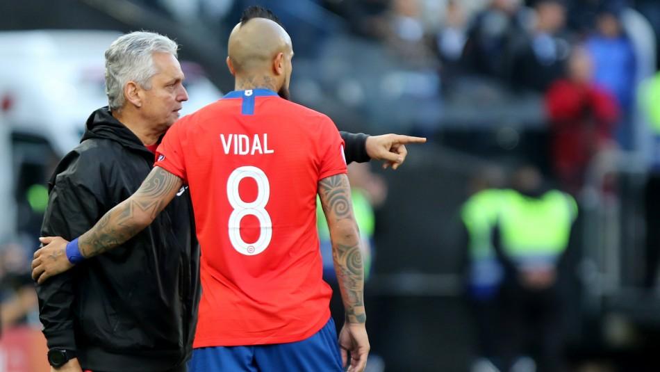 Reinaldo Rueda y el encuentro Vidal-Bravo.