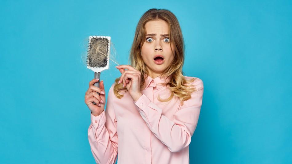 Investigadores aseguran que contaminación ambiental influye en la caída del cabello