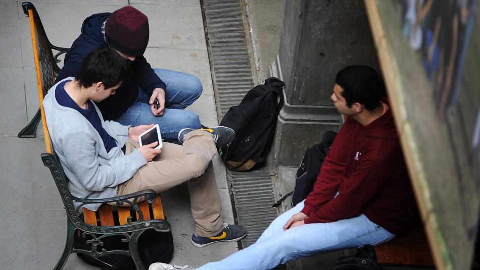 Presentan proyecto que busca erradicar discriminación a estudiante por opiniones políticas