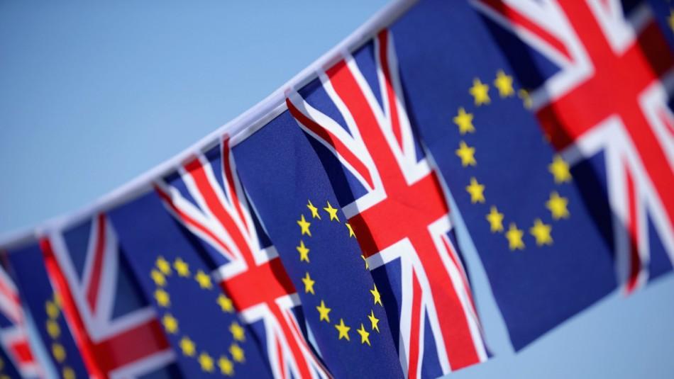 Reino Unido y la Unión Europea buscan acuerdo sobre el Brexit en una carrera contrarreloj