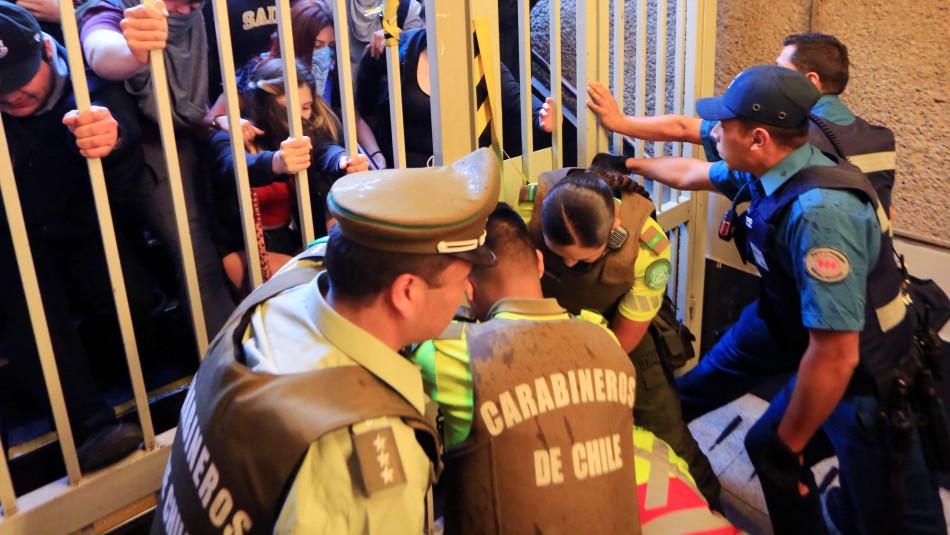Evasiones en Metro de Santiago: ¿Qué significa que se aplique la Ley de Seguridad del Estado?