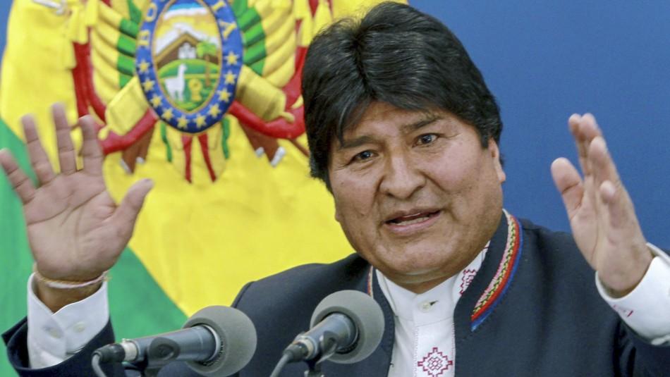 Sondeos dan un estrecho triunfo de Evo Morales en elecciones de este domingo