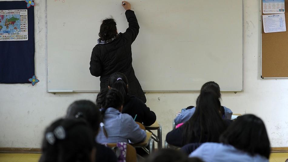 Disturbios en Santiago: La Florida suspende clases para lunes y martes en colegios municipales