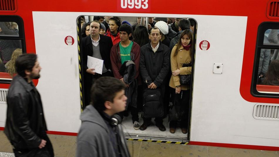 Metro funcionará de manera parcial y taxis como colectivos: Así funcionará el transporte este lunes