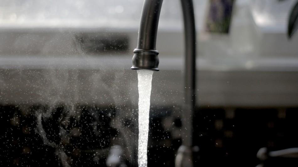 Aguas Antofagasta descarta corte del suministro en la zona