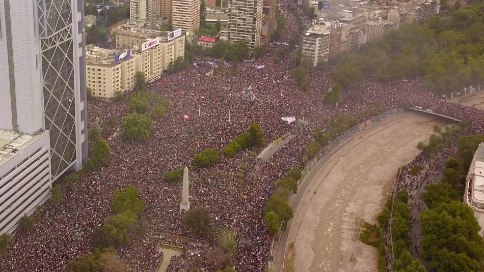 Timelapse muestra en 2 minutos lo que pasó en la histórica marcha en Plaza Italia