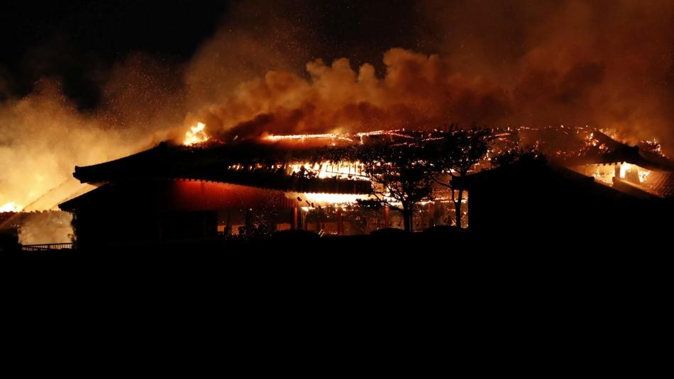 Castillo japonés considerado Patrimonio Mundial es destruido por las llamas