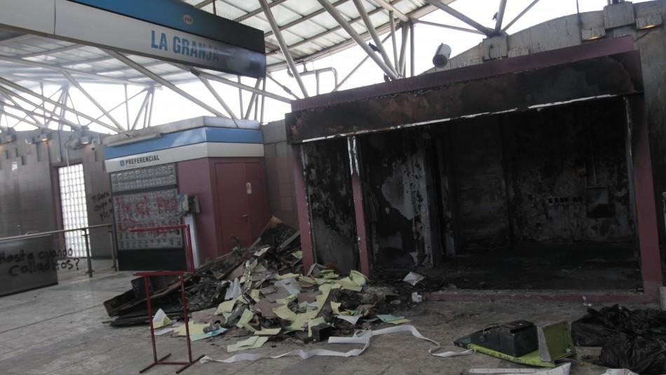 Detienen a sujeto acusado de participar en incendio de estación de Metro La Granja