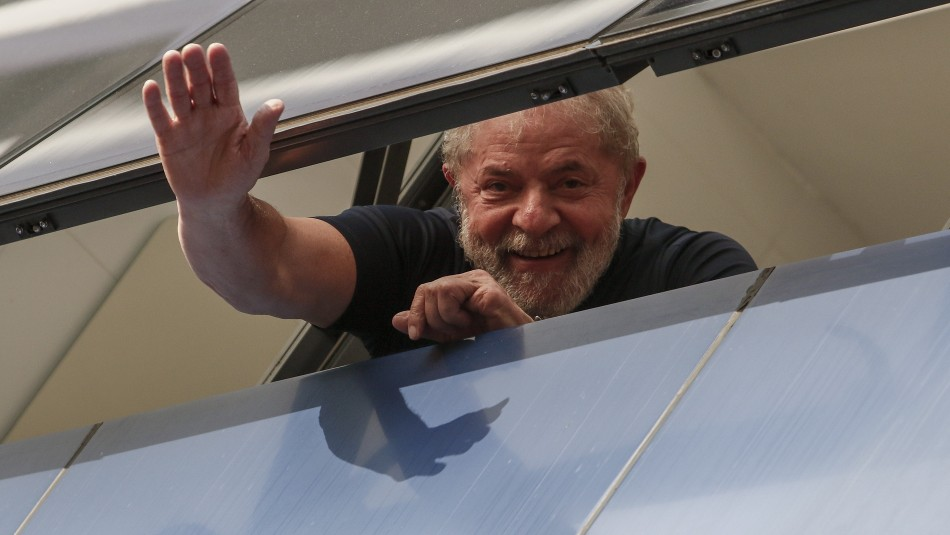 Novia de Lula feliz tras su liberación: