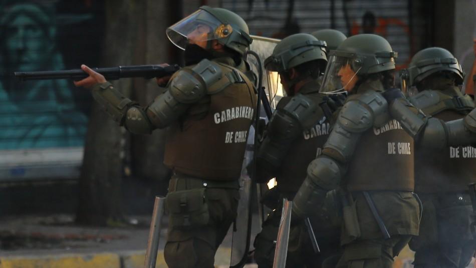 Colegio Médico publica balance por traumas oculares tras manifestaciones en Chile