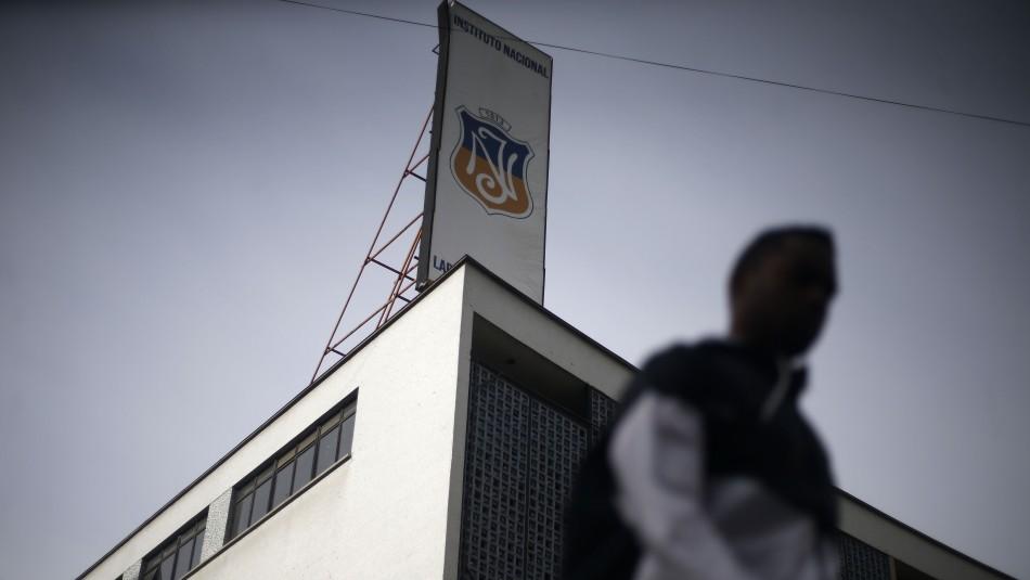 Estudiantes se toman las dependencias del Instituto Nacional