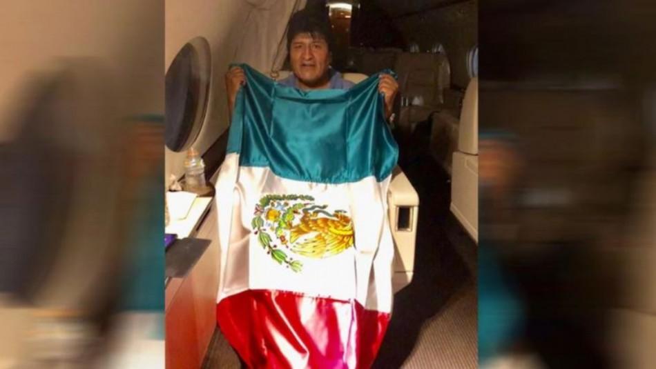 Evo Morales anunció que ya partió rumbo a México