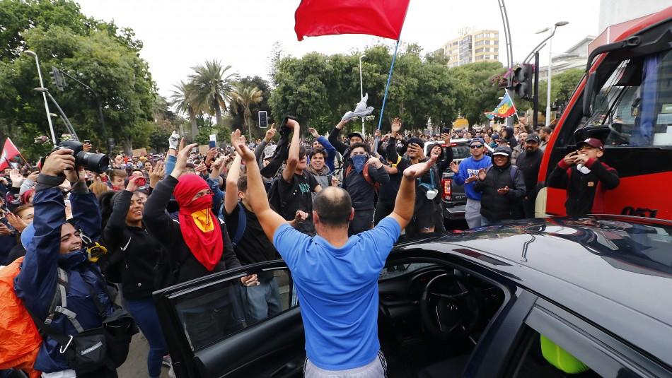 El que baila, pasa: La manifestación que ha provocado opiniones encontradas