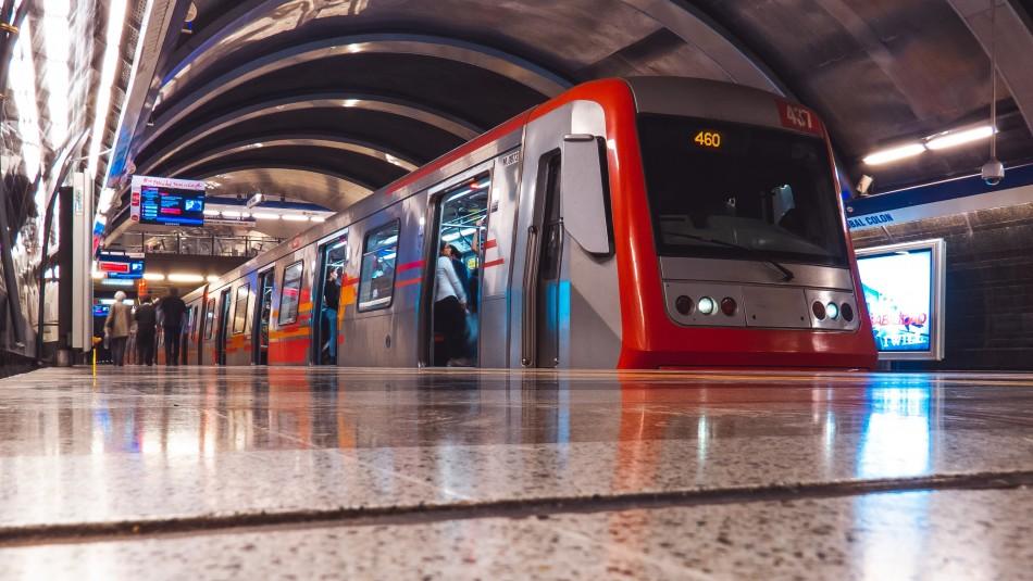 Revisa a qué hora cierran las estaciones de Metro de Santiago este martes 12 de noviembre