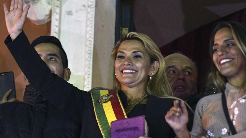 Trump, Bolsonaro y Guaidó reconocieron a Jeanine Áñez como presidenta interina de Bolivia