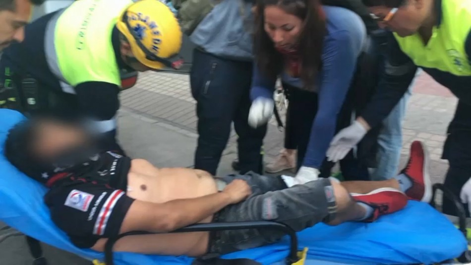Herido por perdigones se levanta de camilla y enfrenta a Carabineros en Copiapó