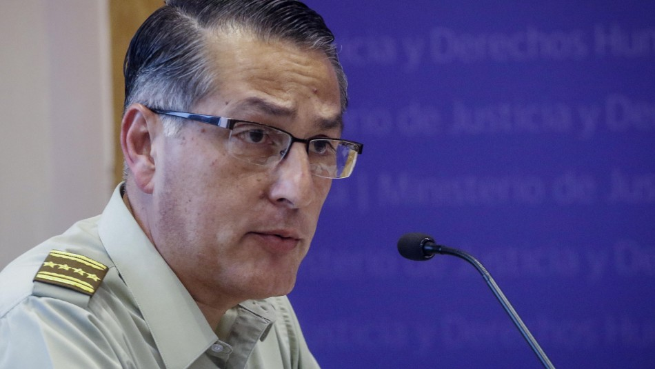 Parlamentarios e INDH critican palabras de general Rozas a carabineros: