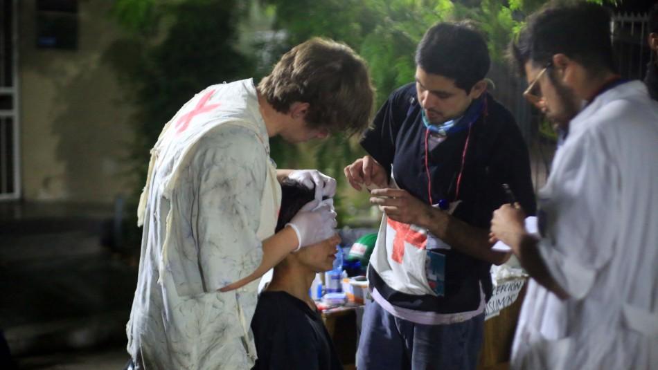 Colegio Médico y U. de Chile presentan programa de rehabilitación con prótesis para personas con daño ocular