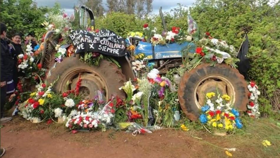 Decoran tractor que utilizaba Camilo Catrillanca a un año de su asesinato