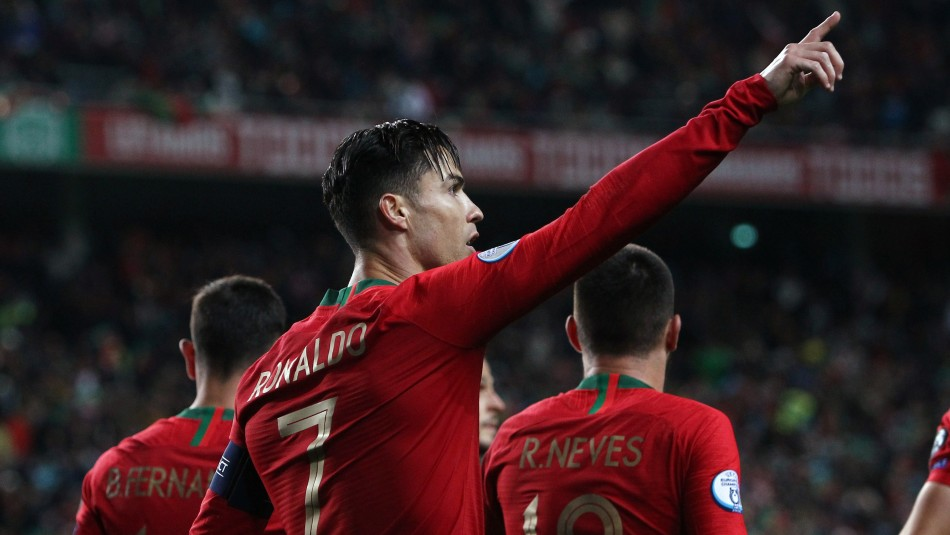 Cristiano Ronaldo figura en Portugal.